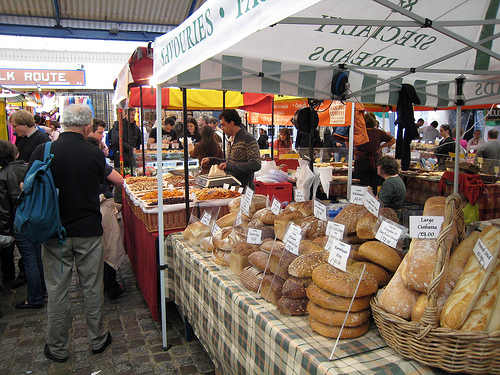 Visiting Some of the Best Markets in London to Save Money