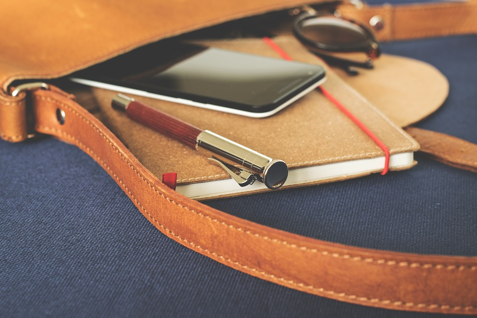One Bag for All: Here are 8 Ways a Messenger Bag Can Be of Help to You