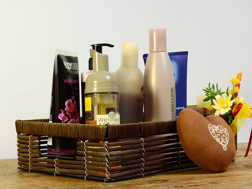 Spoil Those You Love with Holiday Gift Baskets!